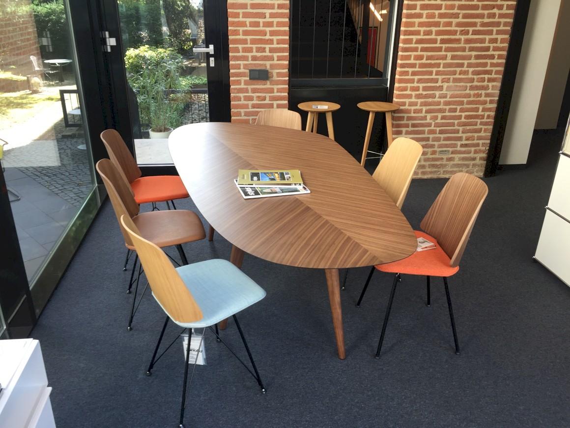 Artikel 03 zanotta neuheit june for Stuhl nordisches design